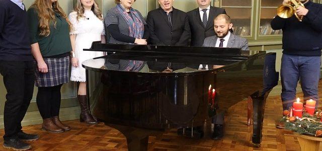 Vianočný vinš biskupa VD P. Mihoča a hudobný pozdrav kapely KVD